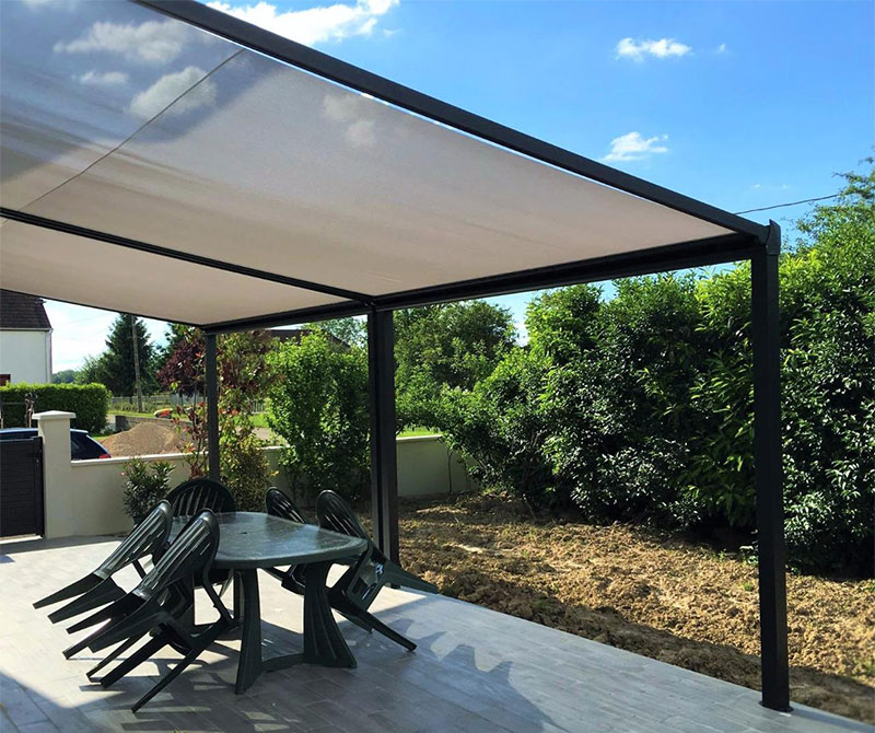 installation de pergolas et toits de terrasse komilfo dole jura. Black Bedroom Furniture Sets. Home Design Ideas
